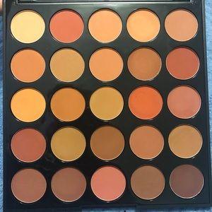 BNIB Morphe 25D oh boy eyeshadow palette